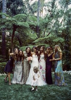 These 20 beautiful bridal parties are totally nailing the mismatched bridesmaid trend.