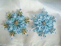 Ribbon Crafts, Flower Crafts, Diy Flowers, Fabric Flowers, Quilted Ornaments, Fabric Ornaments, Ribbon Bow Tutorial, Kanzashi Tutorial, Flower Patterns