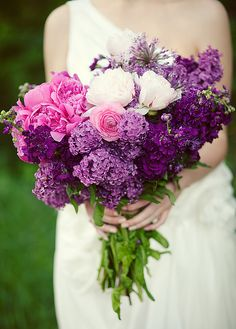 I love LILAC! Although, I think I would want these in a vase in my home instead of in the brides hands :)
