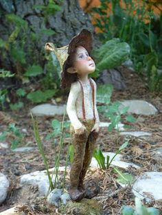 When I ad fairies to my gardens they will look like these ! Amazing! chopoli