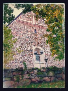 The church of St Lawrence Lohja Picture : Jaana Perheentupa Grave Monuments, St Lawrence, Graveyards, Cathedrals, Finland, City Photo, Medieval, House Styles, Pictures