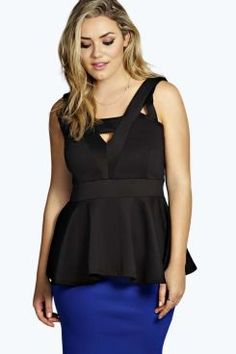 Boohoo Plus Tops & Knitwear at boohoo.com