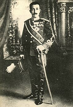 Japanese Imperial family's antique photograph.   Takedanomiya-Tsunehisa Imperial prince.   His wife is a daughter of the Emperor Meiji.   1882 - 1919.  Meiji era / Taisho era.