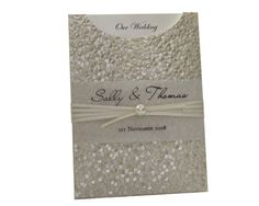 C6 Glamour Pocket  Pebbles Ivory Cream with Pearl