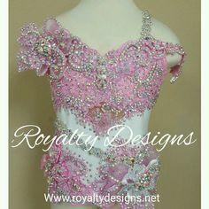 Royalty Designs Custom made pageant attire. Www.royaltydesigns.net  #toddlersandtiaras #childrensbeautypageants #childrenspageantdresses #royaltydesignspageantdresss