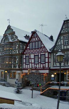 Idstein, Rheingau-Taunus-Kreis, Hesse, Germany   by eLKayPics