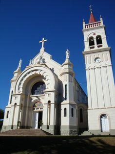 Igreja Matriz Nossa Senhora da Saúde Cotiporã - RS - Brasil
