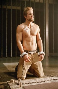 Vale might look like Jesse Williams, but needs Ryan Reynolds' lackadaisical, sarcastic kickassery. Maybe I can find a way to get him in handcuffs, too... [King Hannibal, Blade Trinity]
