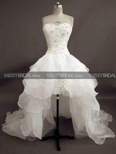 ❤Kawaii Love❤ ~Legit my dream wedding dress!! Wow it exist!! c: <3