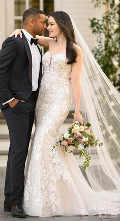 Romantic Lace mermaid wedding dress with strapless sweetheart neckline, tulle skirt and floral pattern appliques paired with cathedral veil | Bride and groom picture | Martina Liana Fall 2020 Wedding Dresses - Style 1283 - Belle The Magazine #weddingdress #weddingdresses #bridalgown #bridal #bridalgowns #weddinggown #bridetobe #weddings #bride #dreamdress #bridalcollection #bridaldress #dress See more gorgeous bridal gowns by clicking on the photo Lace Mermaid Wedding Dress, Gorgeous Wedding Dress, Wedding Dress Styles, Designer Wedding Dresses, Bridal Dresses, Dream Wedding, Romantic Wedding Photos, Romantic Lace, Sheath Wedding Gown