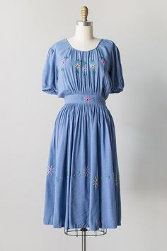 vintage 1940s chambray embroidered dress