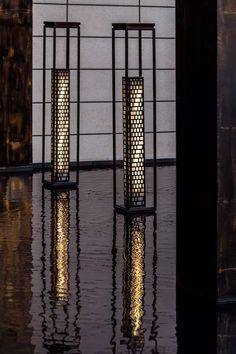 12个 · 12月份绝美示范区,美到窒息!你更喜欢哪一个? - 园景人 - 微信公众号 Patio Lighting, Exterior Lighting, Lighting Design, Light Of Life, Light Up, Light Decorations, Floor Lamp, Lanterns, Landscape
