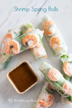 Shrimp Spring Rolls Vietnamese Shrimp Spring Rolls Recipe with Peanut Dip easy fresh and healthy rice paper spring rolls. These rice paper or shrimp summer rolls are healthy The post Shrimp Spring Rolls appeared first on Rezepte. Seafood Recipes, Gourmet Recipes, Appetizer Recipes, Cooking Recipes, Healthy Recipes, Healthy Rice, Simple Shrimp Recipes, Shrimp Appetizers, Italian Appetizers