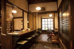 うてな喫茶店:マイ・フェイバリット関西(マイフェバ) Japanese Restaurant Interior, Modern Japanese Interior, Japanese Modern, Japanese House, Cafe Interior, Cafe Japan, Cafe Style, Cafe Shop, Japanese Architecture
