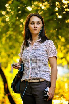 Irina la pe www. Tops, Women, Fashion, Moda, Fashion Styles, Fashion Illustrations, Woman