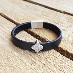 Lab Diamon Clover bracelet Clover silver by CustomLeatherDesign