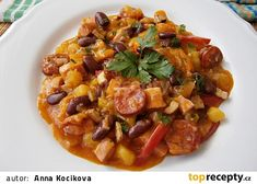 Zeleninový guláš s uzeninou a fazolí Pork, Treats, Ethnic Recipes, Sweet, Red Peppers, Pork Roulade, Sweet Like Candy, Pigs, Snacks