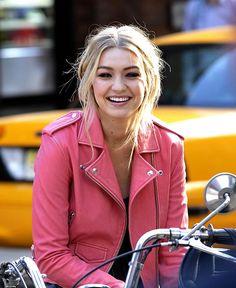 Gigi Hadid shoots for Maybelline in NYC | Fashion, Trends, Beauty Tips & Celebrity Style Magazine | ELLE UK