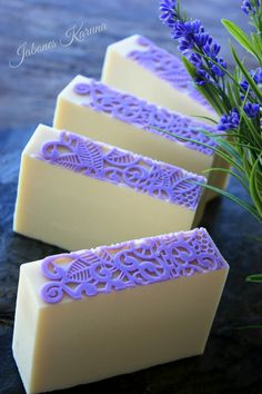 Jabón de Lavanda Diy Soaps, Homemade Soaps, Savon Soap, Perfect For Me, Lotions, Soap Making, Lavender, Porn, Spa