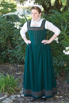 Green Wool Kirtle, second half of the 16th century.