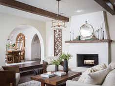Fixer Upper A Rustic Italian Dream Home is part of Living Room Brown Chips - Chip and Joanna Gaines add a helping of Italian flavor to a bland suburban home in an impressive renovation for a California couple Fixer Upper Living Room, My Living Room, Living Room Decor, Bedroom Decor, Wall Decor, Master Bedroom, Bedroom Small, Decor Room, Design Bedroom