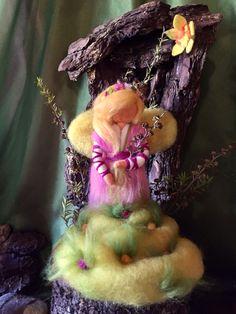 El Hada de la Primavera www.hilanderadesueños.com