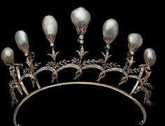 Pearl Diamond Tiara