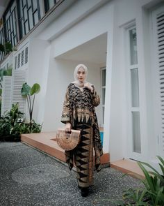 New dress modest casual lace 45 Ideas Modest Dresses, Trendy Dresses, Casual Dresses, Casual Outfits, Maxi Outfits, Hijab Outfit, Batik Fashion, Hijab Fashion, Fashion Outfits
