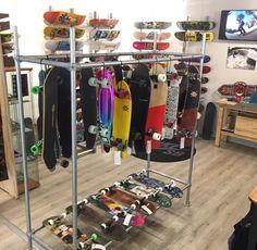 #shiftyskateshop Vol op keuze in decks, completes, cruisers, bruisers (langere cruisers) & longboards. ☀️ #Enschede #haverstraatpassage 