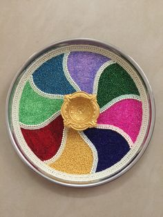 Pearls n seed beads Handicraft, Seed Beads, Coin Purse, Creativity, Plate, Pearls, Craft, Dishes, Gift Crafts