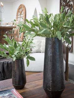 Fixer Upper Flower Arrangements and Centerpieces | HGTV's Fixer Upper With Chip and Joanna Gaines | HGTV