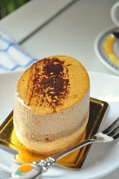 Coffee & caramel mousse cake