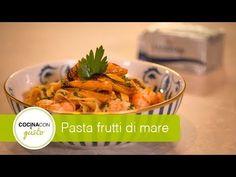 Pasta frutti di mare - YouTube Meat, Chicken, Youtube, Food, Steak Pasta, Pasta Recipes, Mussels, Clams, Essen