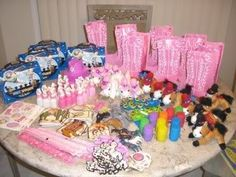 Girly Girl Birthday Parties ~ Inspiration for Your Girly Girl Celebration!: Pink Cowgirl Party