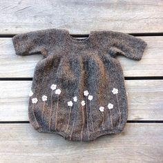First draft #blomsterdragt #knittingforolive