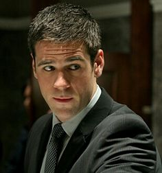 Eddie Cahill as Don Flack= BEST CSI NY CHARACTER EVER!!!