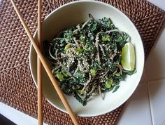 Kale Soba Bowl with Avocado Miso Dressing