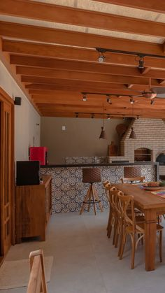 Home Room Design, Interior Design Kitchen, House Design, House Extension Design, Mexican Home Decor, Backyard Fireplace, House Front, Home Decor Furniture, Patio Design