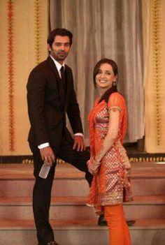 Arnav & Khushi my favorite pair Best Love Stories, Love Story, Arnav Singh Raizada, Arnav And Khushi, Sanaya Irani, Bollywood Actors, Indian Outfits, Kos, Actors & Actresses