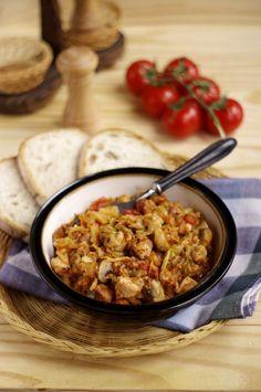 Bigos Z Młodej Kapusty - Polish cabbage stew