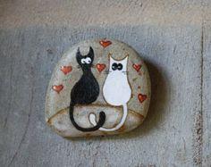 Stone handbeschilderd van opknoping met twee katten in liefde