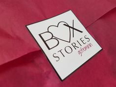 Unboxing: Die neue Lifestyle-Abo-Box: Box-Stories by Go Feminin Just Bloom