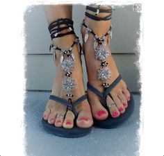 OMG I'm in love with these sandals!