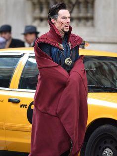 Benedict Cumberbatch as Doctor Strange Marvel Doctor Strange, Dr Strange, Avengers Characters, Marvel Actors, Marvel Avengers, Doctor Strange Benedict Cumberbatch, Marvel Funny, Marvel Memes, Bucky Barnes