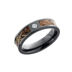 Most women like diamond rings. But an extraordinary woman who loves the outdoors and all things camo, needs a bit more than that. A black ring made of super tough and lightweight metal, a strip of camo in it, plus a cute little diamond is perfect! Camo Engagement Rings, Camo Wedding Rings, Camo Rings, Diamond Wedding Rings, Diamond Rings, Country Engagement, Engagement Pictures, Engagement Shoots, Engagement Photography
