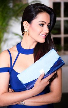 These Sexy Pictures of Anita Hassanandani Will Keep You Up All Night. Saree Jacket Designs, Choli Designs, Saree Styles, Blouse Styles, Shagun Blouse Designs, Saree Jackets, House Of Blouse, Stylish Blouse Design, Saree Look