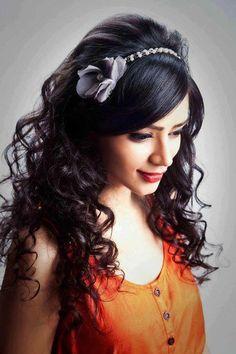 ukirti Kandpal is an Indian television actress. She was born on November 20, 1987 in Nainital, India.