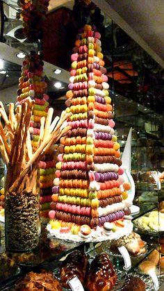 manila: revisiting circles at shangri-la. Macaron Tower, Macaron Cake, Macaron Cookies, Macarons, French Wedding Cakes, One Tier Cake, Croquembouche, Traditional Wedding Cakes, French Macaroons