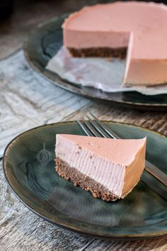 Goat Cheese Cake with Hazelnut, Easy and Cheap - Clean Eating Snacks Low Carb Cheesecake, Strawberry Cheesecake, Rhubarb Recipes, Salty Cake, Savoury Cake, Healthy Baking, Clean Eating Snacks, Low Carb Recipes, Food Processor Recipes