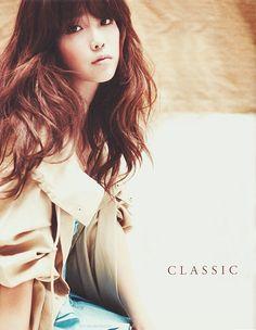 cute-asian-hair-long-wavy-auburn-bangs